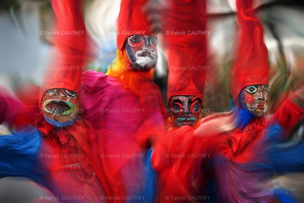 carnival 3086.jpg