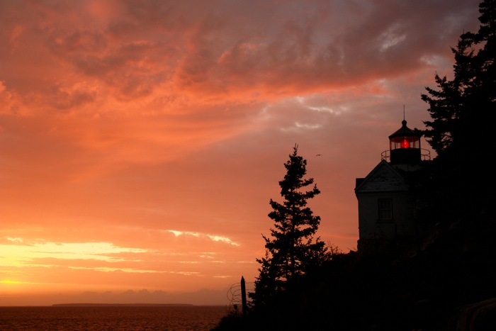 103DSC08288.jpg Red Sky at night at Bass Harbor Head Lighthouse preceeding a strong storm... see the blue image the next morn