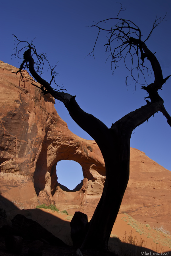 Ear of the wind (Monument Valley)