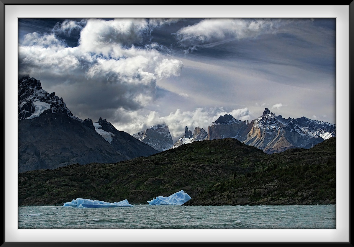 Patagonia: Ice on Grey Lake and Grey Glacier