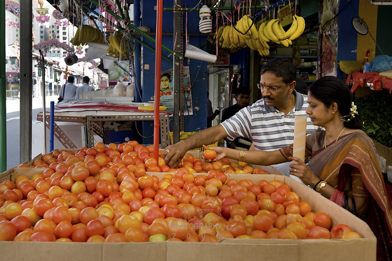 Buying tomatoes