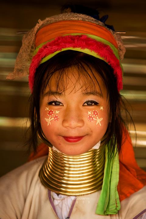 Padong long neck girl