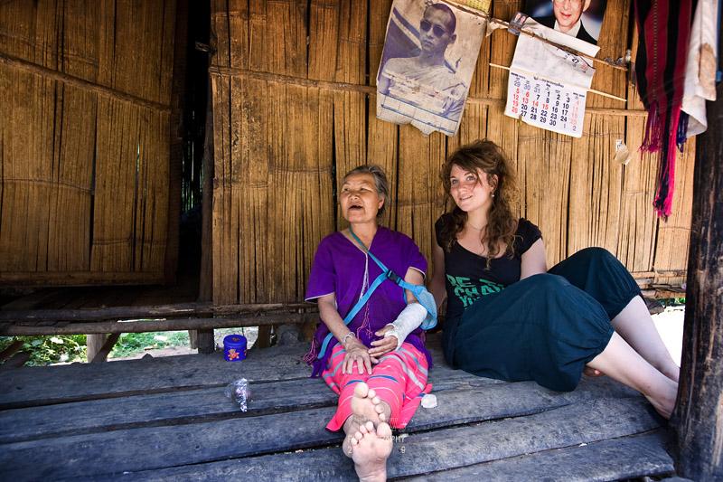 Karen elderly with French tourist