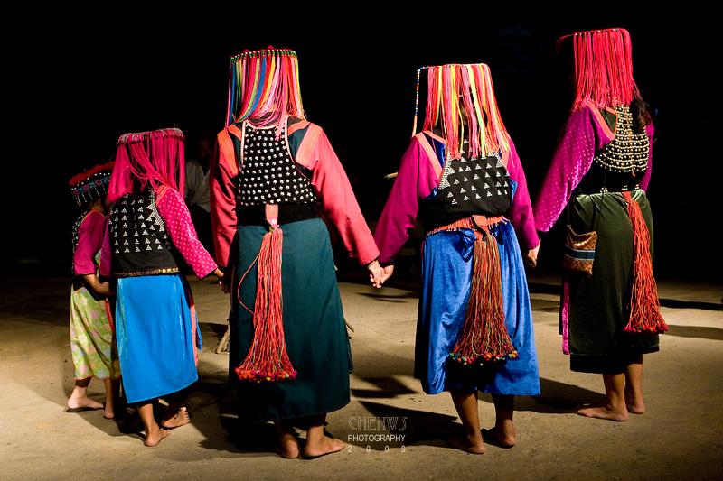 Lisu hill tribe dance