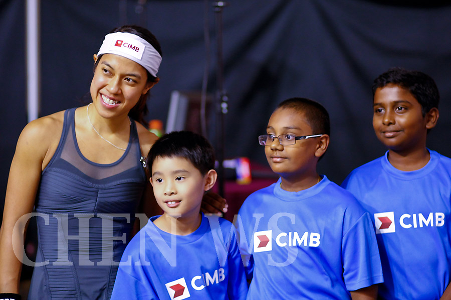 Nicol David (Mas) and young squash talents