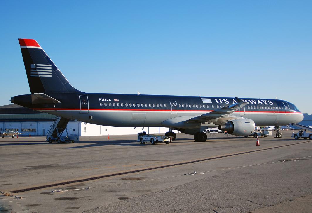 US Airways Airbus A321-211 (N186US)