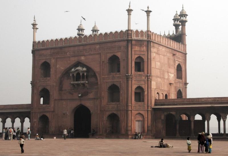 The Masjid-i-Jahan Numa, East Gate