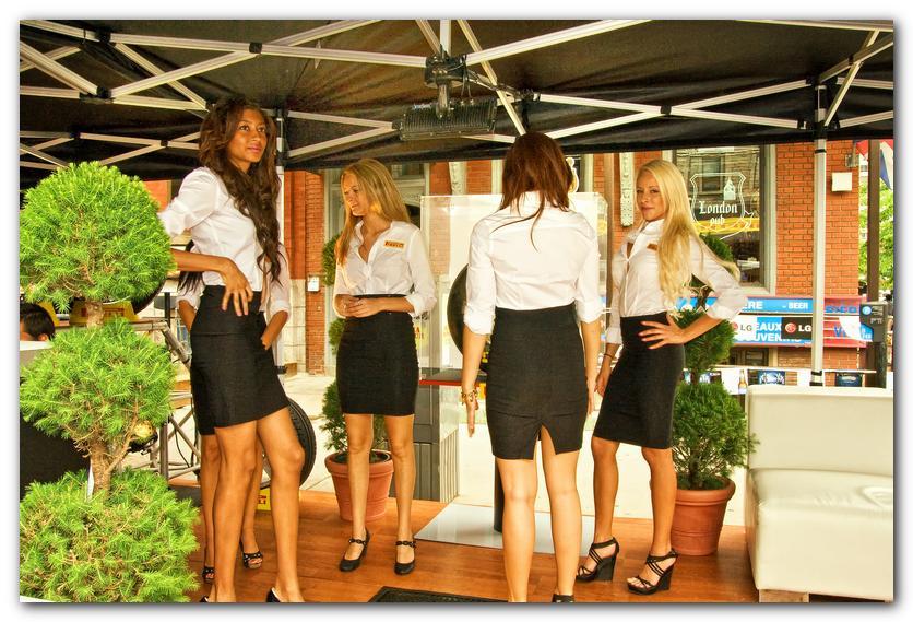 The Pirelli Girls  1