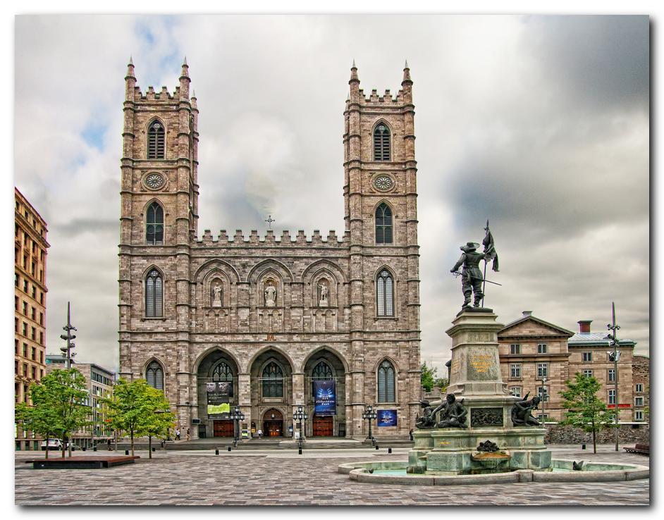 Notre-Dame Basilica<br>Basilique Notre-Dame