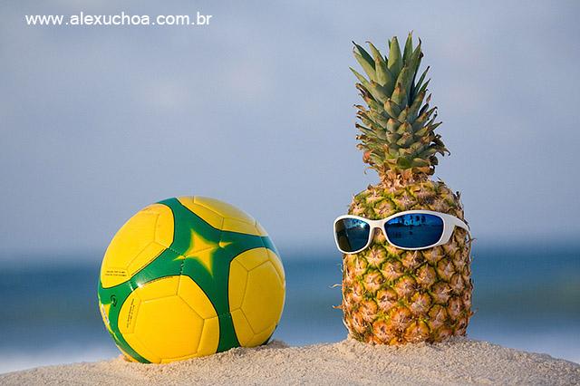 bola com cores do Brasil e Abacaxi 8962