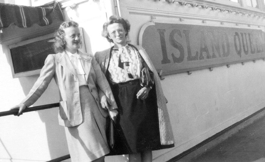 Vera and Elsie Stumpf