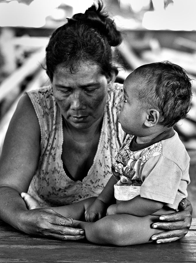 Grandmother and child. IMG_5557.jpg