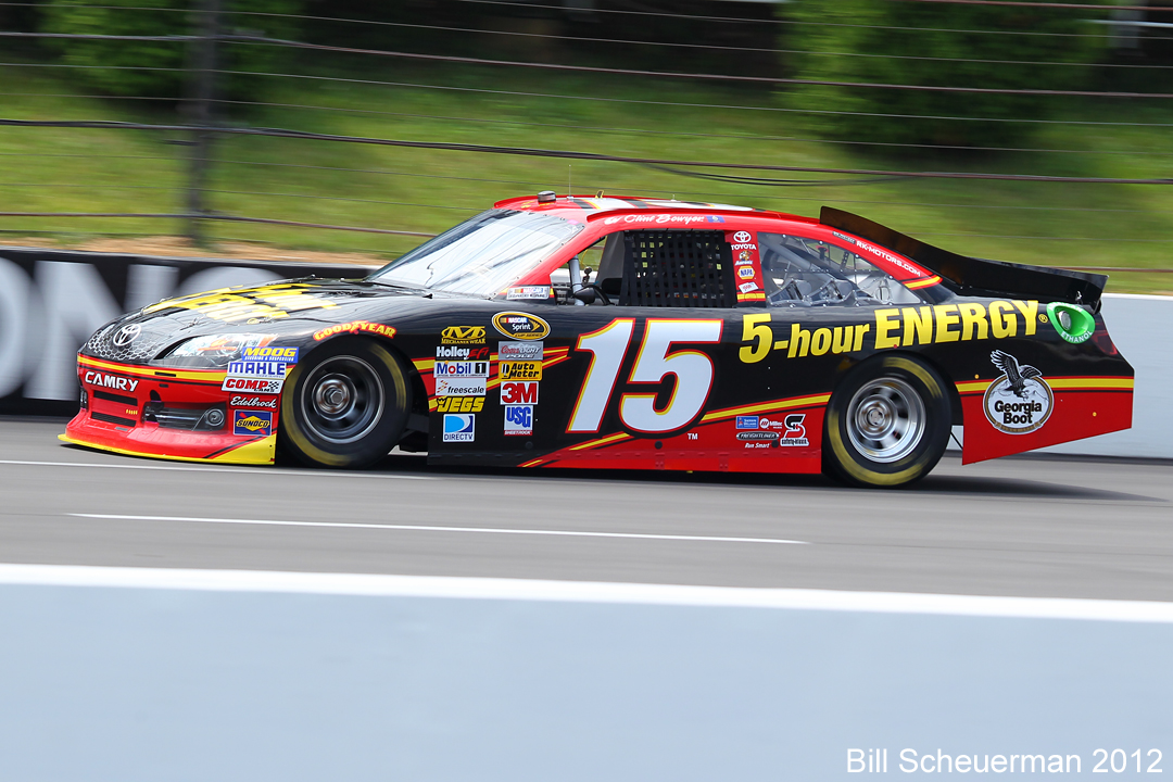15 Clint Bowyer