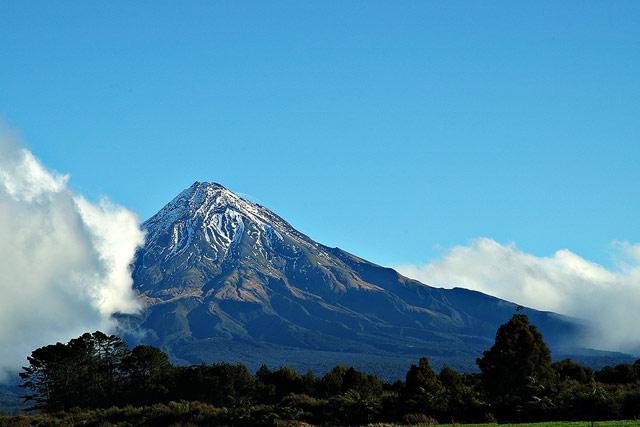 Mt Taranaki aka Mt Egmont