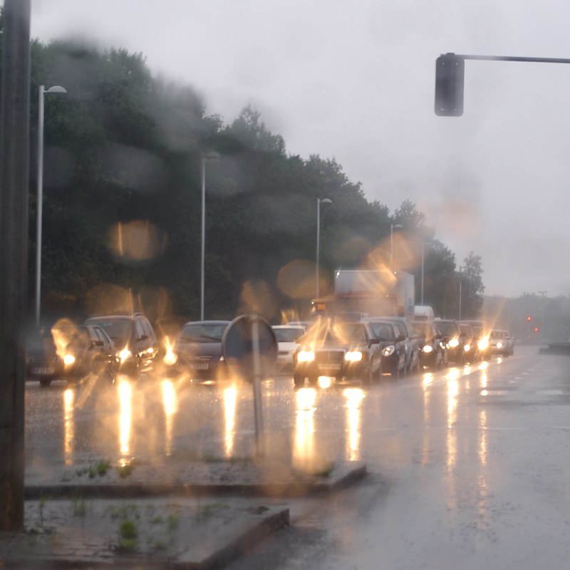 2010-08-17 Traffic in rain