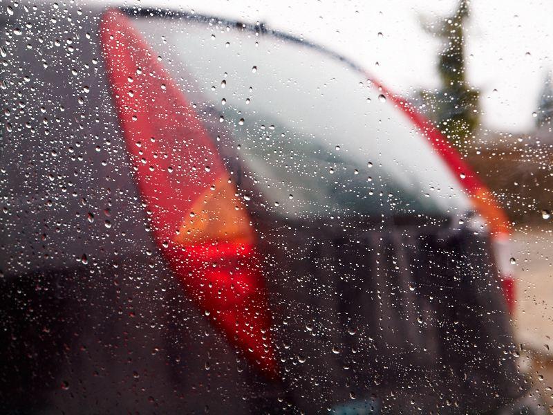 2011-04-06 Rain