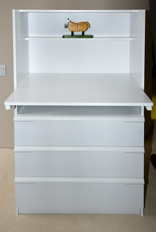 Bellini White Corso Drawer Adjustable Shelf Changing Table Photo - Adjustable changing table