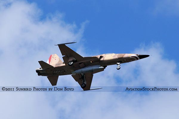 2011 - USN Northrop F-5N/F on approach military aviation stock photo #7830