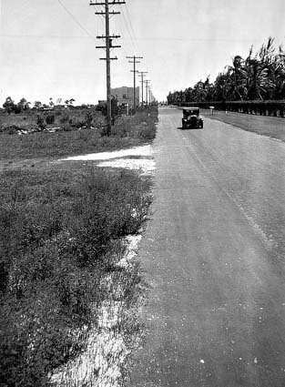 1935 - E. 4th Avenue on the east side of the Miami Jockey Club (later Hialeah Park)