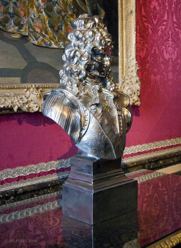 JEFF KOONS<br>Louis XIV