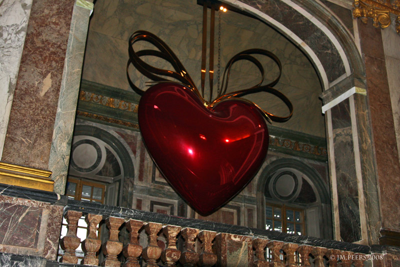 JEFF KOONS<br>Hanging Heart (red/gold)