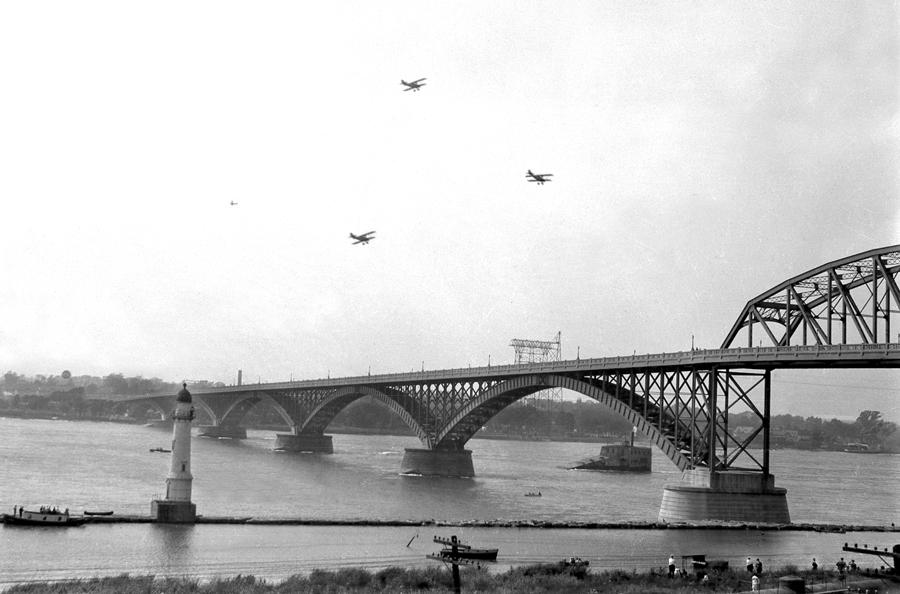 Peace_Bridge_02.jpg