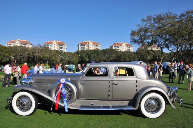 1933 Duesenberg SJ Arlington Torpedo Sedan, owned by the Nethercutt Collection, Jack and Helen Nethercutt, Sylmar, CA