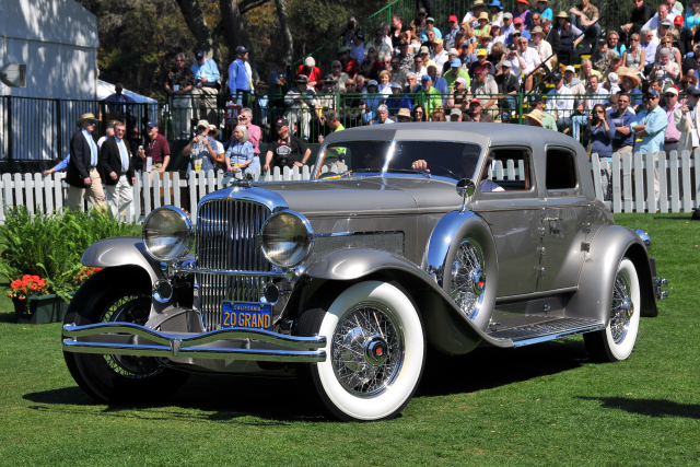 1933 Duesenberg SJ Arlington Torpedo Sedan by Rollston also won the 1980 Best of Show award in Pebble Beach (CR)