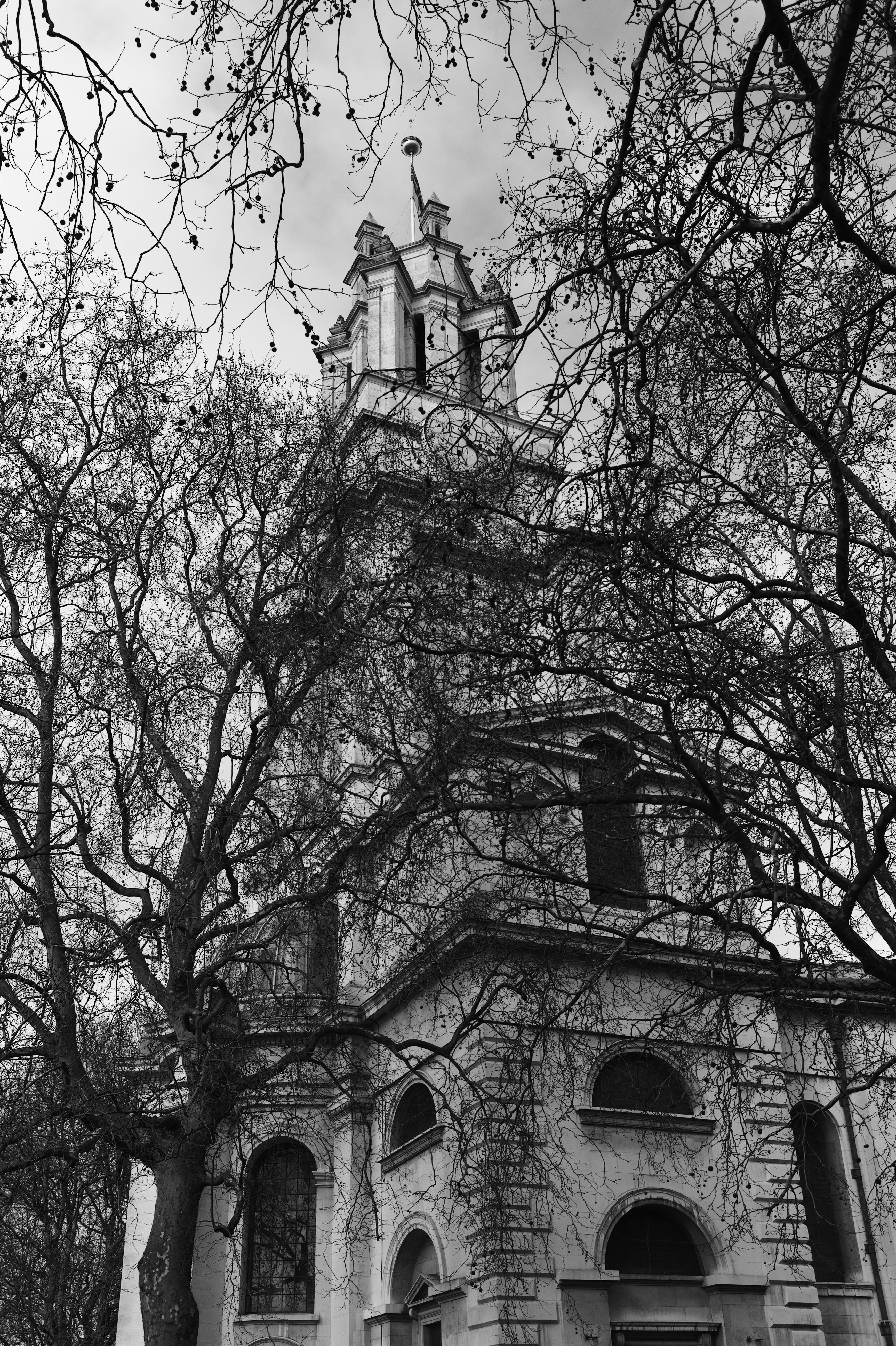 St. Anne in the East B&W