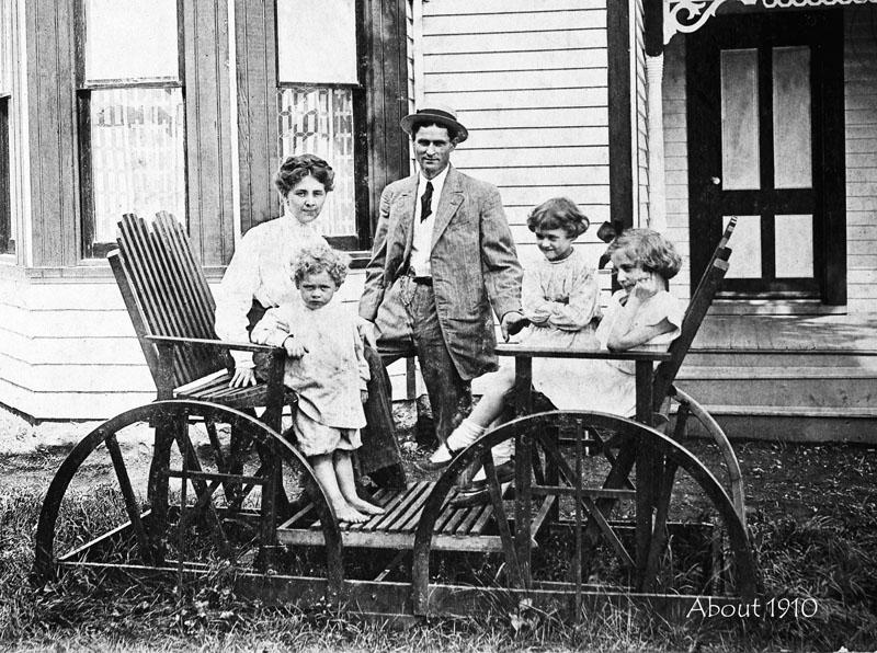 A. B. Dawson Family, about 1910