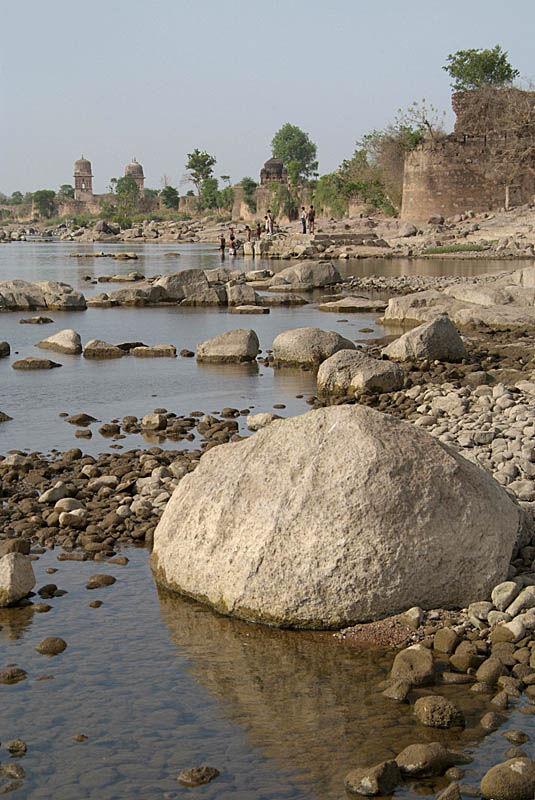 The Betwa River Orchha 07