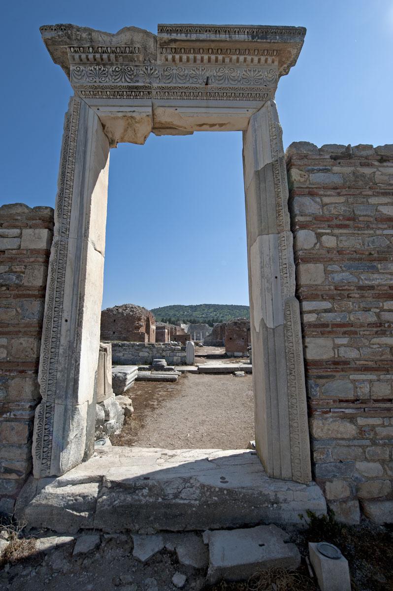 Ephesus March 2011 3591.jpg
