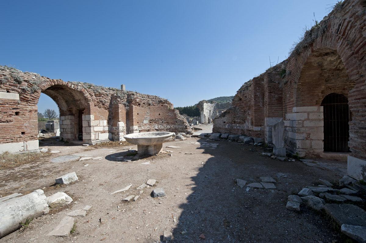 Ephesus March 2011 3593.jpg