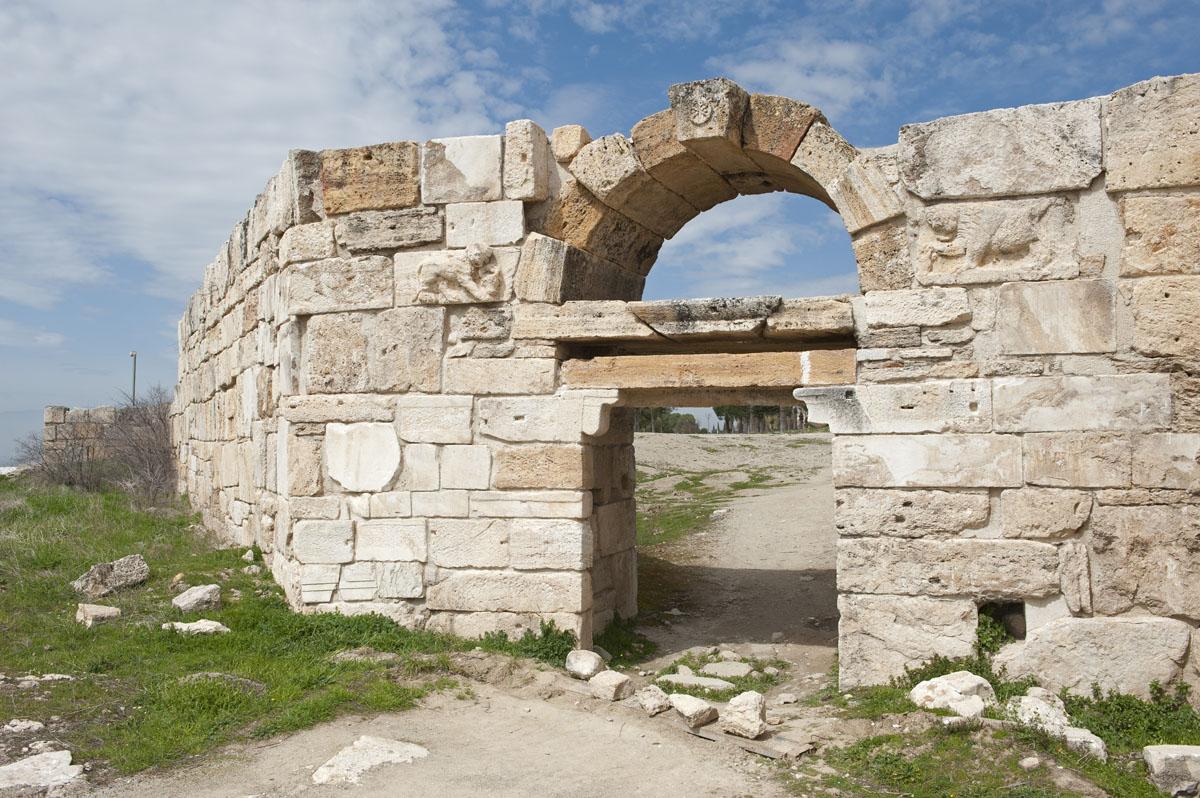 Hierapolis March 2011 4852.jpg