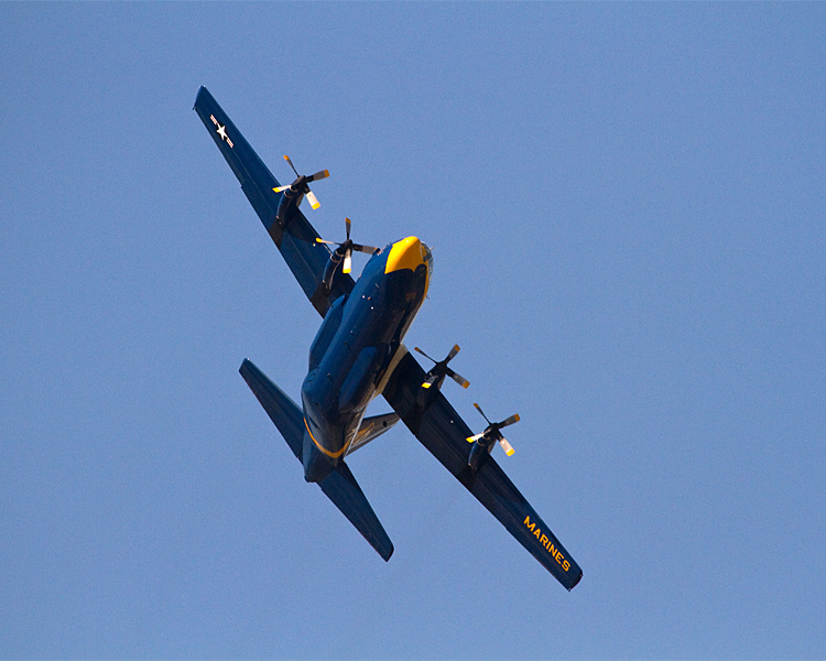 Blue Angels support plane banking.jpg