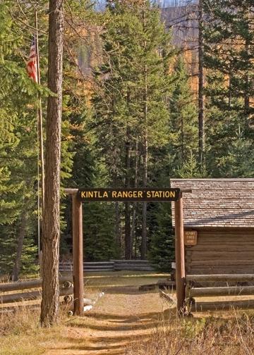 z_MG_4884 Ranger station at Kintla Lake.jpg