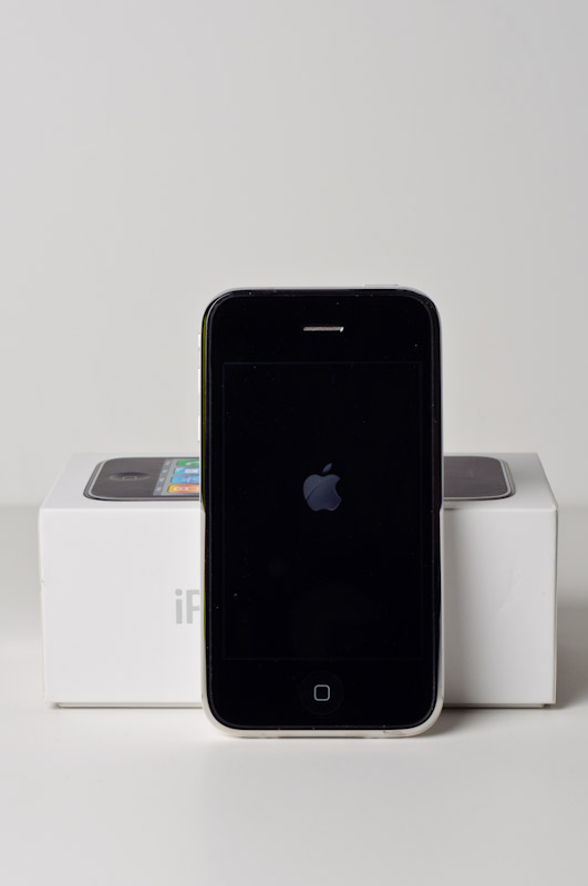 iphone3gs-2.jpg