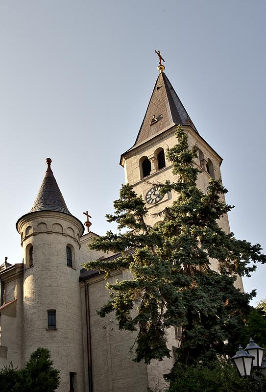 Church on Kossuth tér
