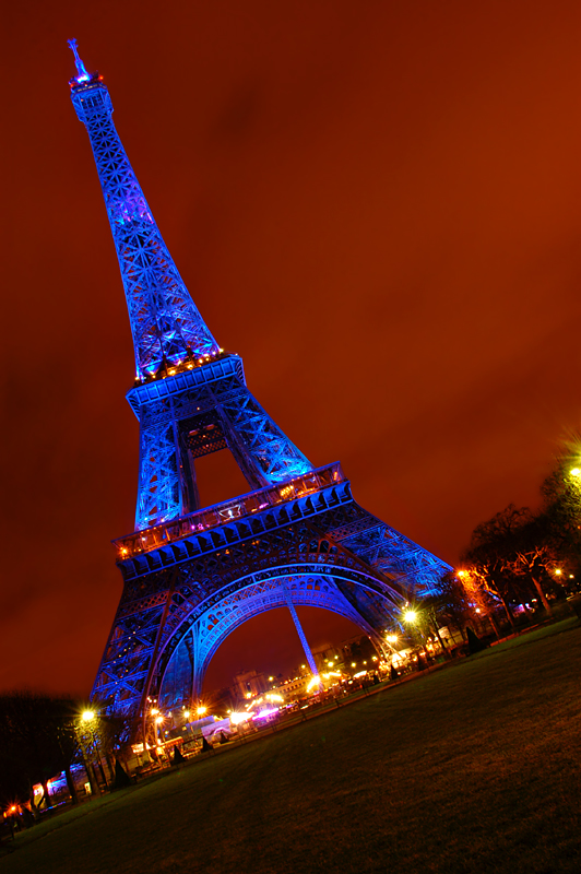 Eiffel in Blue lights  (Jul-Dec 08)