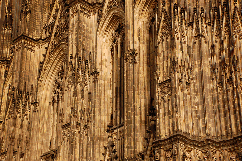 Cologne Cathedral facade 2