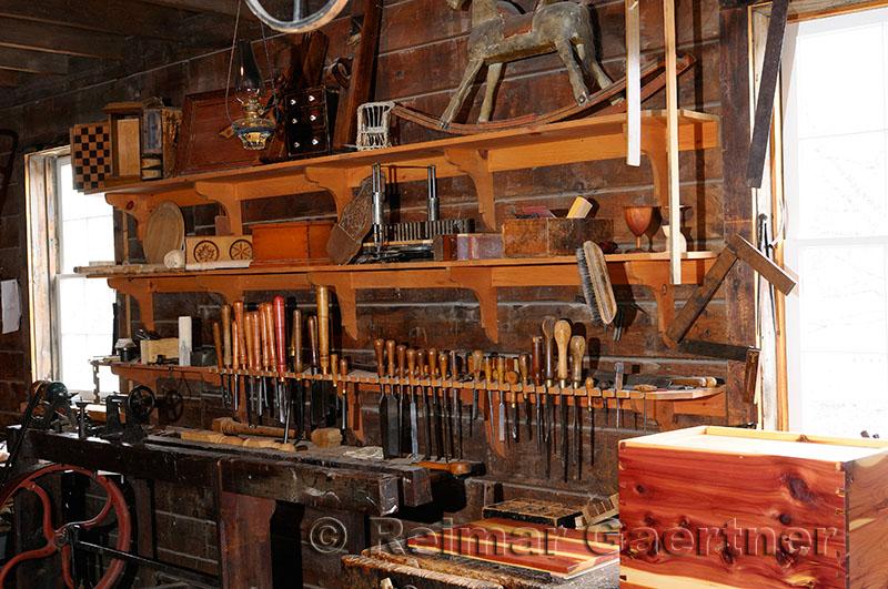 185 Furniture shop 1867.jpg