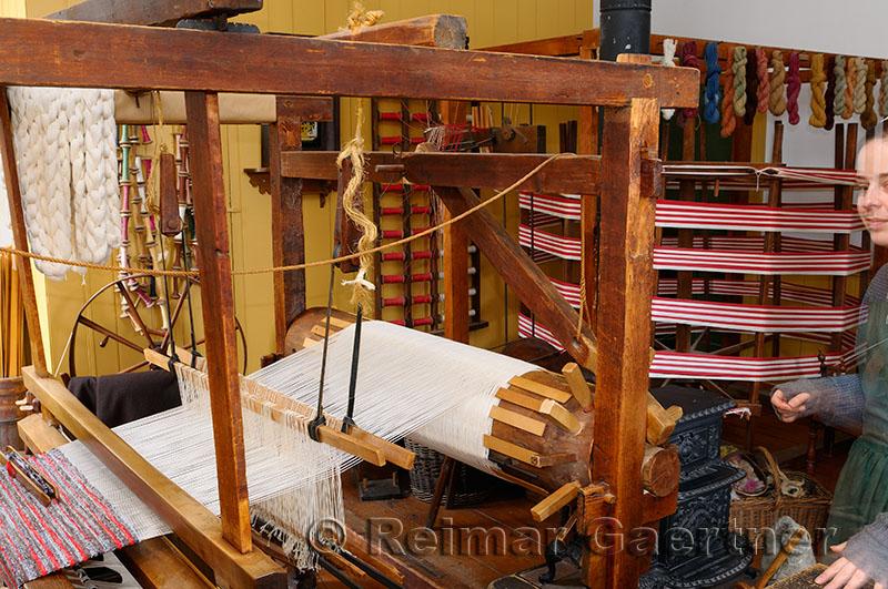 185 Weaver 1850.jpg
