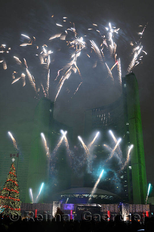 184 City Hall fireworks 1.jpg