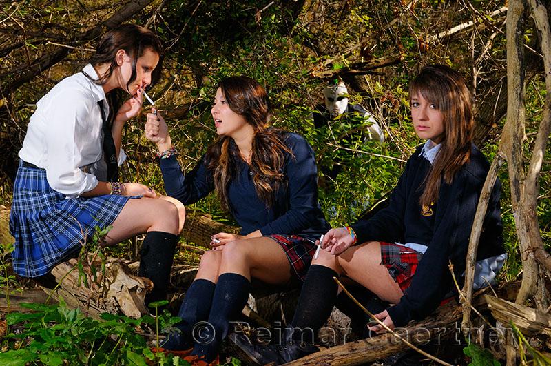 249 Schoolgirl smoke 2.jpg