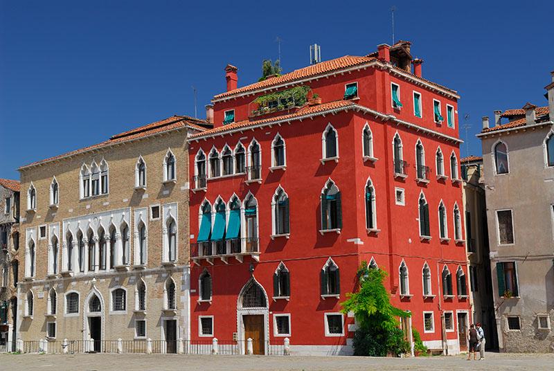 139 Venetian houses.jpg