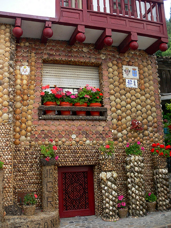 shell-covered house.