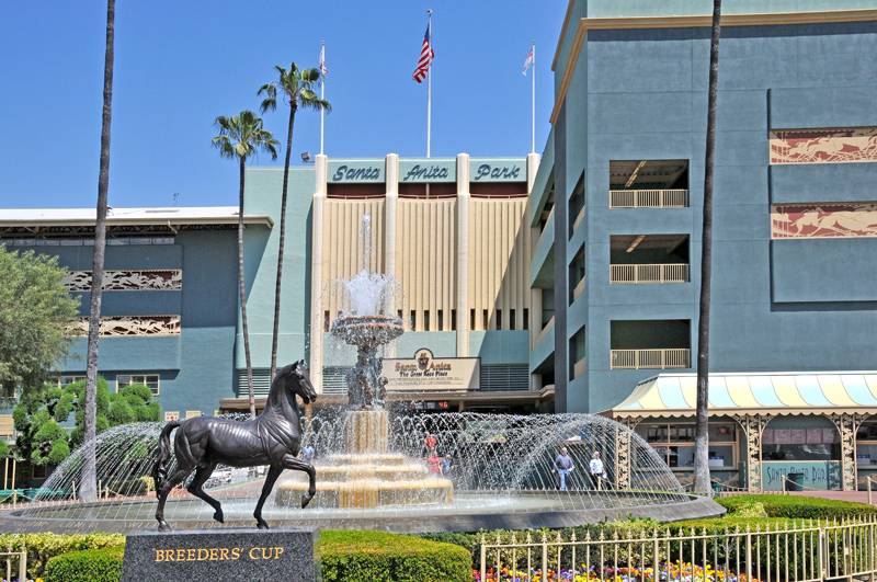 View of Breeders Cup Statue