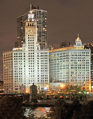 Night view of Wrigley Building