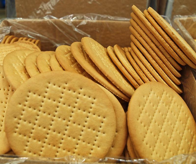 P5201529_crackers_800.jpg