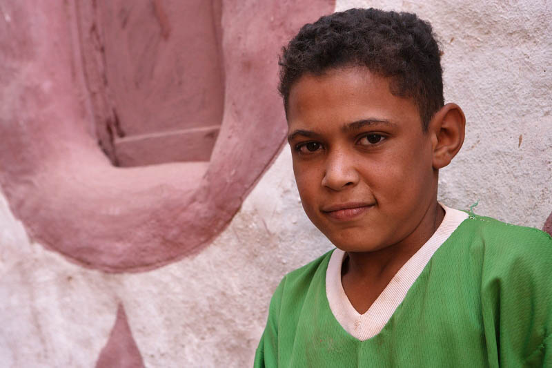 Dakhla Oasis, Young boy at the old town